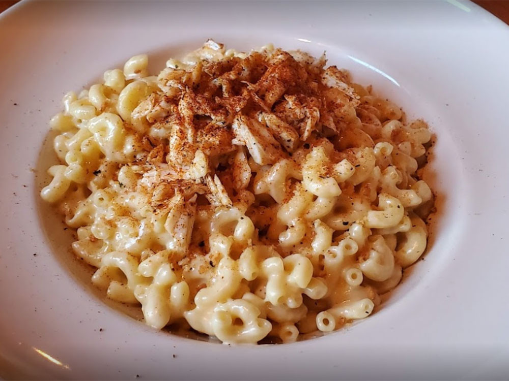 Box-Car-40-Crab-mac-&-cheese.jpg